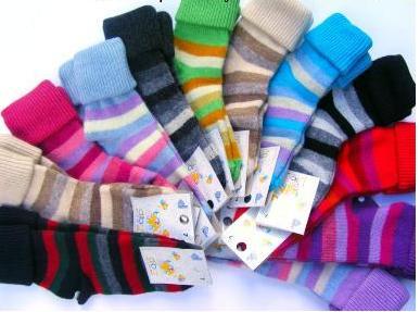 Ohrnovací vlněné ponožky Diba s pruhy vel. 3