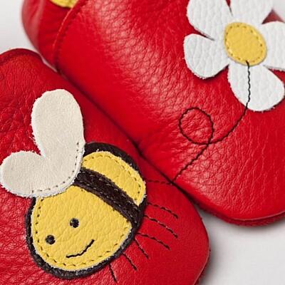 Botky s měkkou podrážkou Liliputi se včelkou a kytkou
