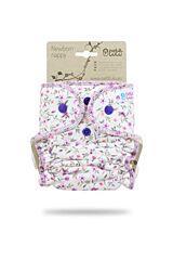 Novorozenecká kalhotková plena na patentky Petit Lulu - pírka